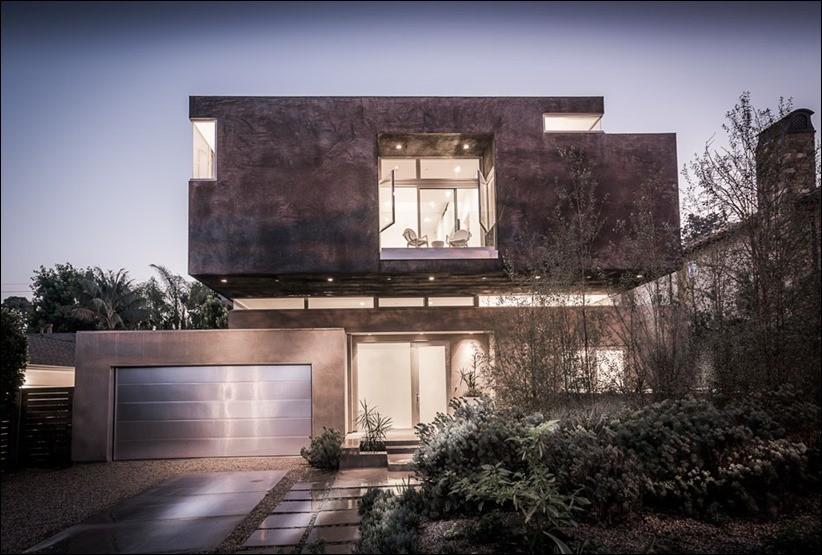 Современный дом в Санта-МоникеСовременный дом в Санта-Монике
